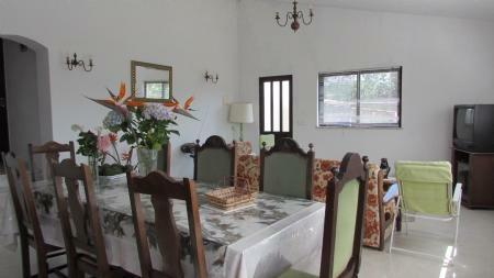 Image 4, 3 Bedroomed House : AV1489