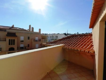 Image 10, 2 Bedroomed Apartment : GA196