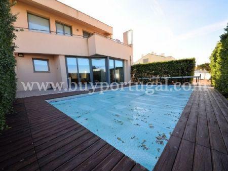 Image 7, 5 Bedroomed Villa : AV1497