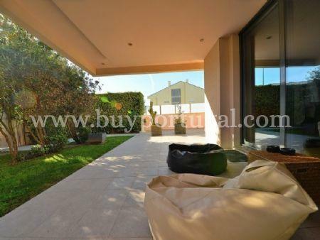 Image 1, 5 Bedroomed Villa : AV1497