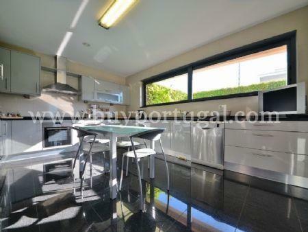 Image 5, 5 Bedroomed Villa : AV1497