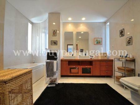 Image 15, 5 Bedroomed Villa : AV1497
