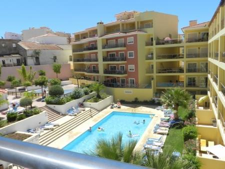 Image 1, 3 Bedroomed Penthouse : GA227