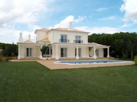 Image 1, 4 Bedroomed Villa : DV4646