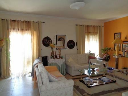 Image 6, 4 Bedroomed Villa : AV1509