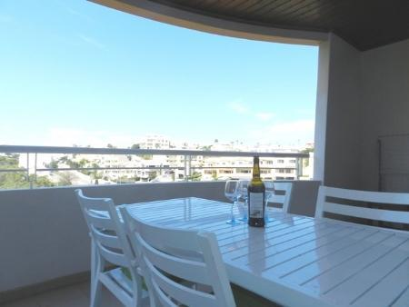 Image 1, 3 Bedroomed Apartment : GA236
