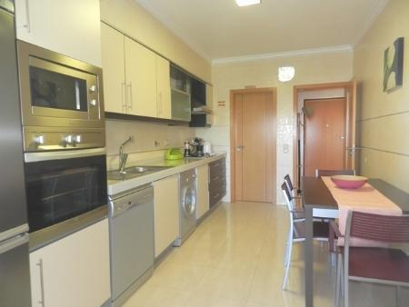 Image 5, 3 Bedroomed Apartment : GA236