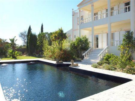 Image 1, 4 Bedroomed Villa : LV3922