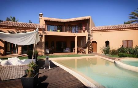 Image 9, 6 Bedroomed Villa : GV420