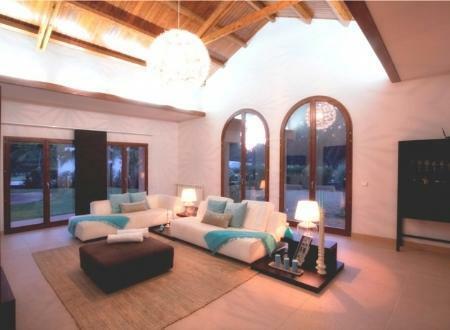 Image 4, 6 Bedroomed Villa : GV420