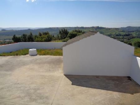 Image 9, 3 Bedroomed House : AV1533