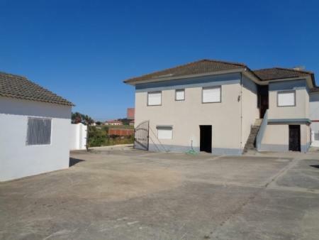 Image 1, 3 Bedroomed House : AV1533