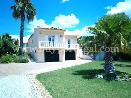 Image 2, 4 Bedroomed Villa : DV544