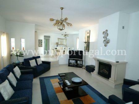 Image 5, 4 Bedroomed Villa : DV544
