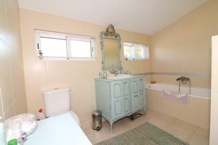 Image 24, 4 Bedroomed Villa : JV1714