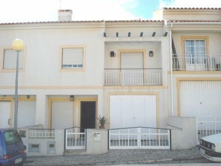 Image 1, 3 Bedroomed Townhouse : AV1268