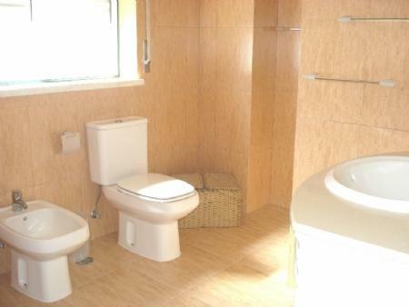 Image 8, 3 Bedroomed Townhouse : AV1268
