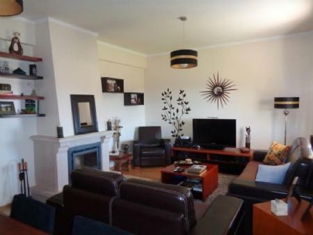 Image 5, 3 Bedroomed Villa : AV1555