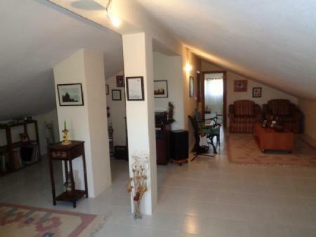 Image 15, 3 Bedroomed Villa : AV1555