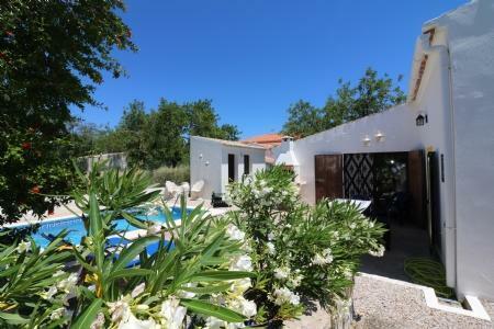 Image 1, 2 Bedroomed Villa : JV1711