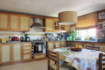 Image 6, 3 Bedroomed Villa : AV1569