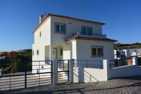 Image 1, 3 Bedroomed Villa : AV1567