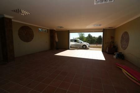 Image 20, 4 Bedroomed Villa : JV1681