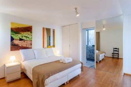Image 2, 3 Bedroomed Villa : AV1575