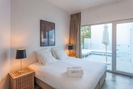 Image 7, 3 Bedroomed Villa : AV1575
