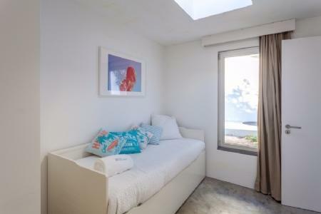 Image 8, 3 Bedroomed Villa : AV1575