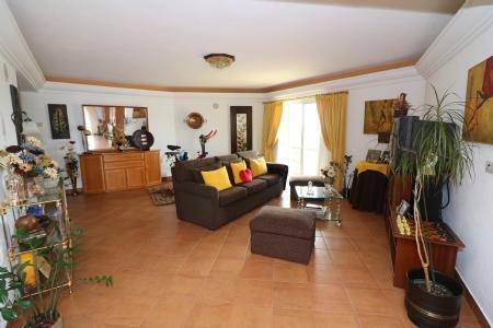 Image 8, 4 Bedroomed Villa : JV10055