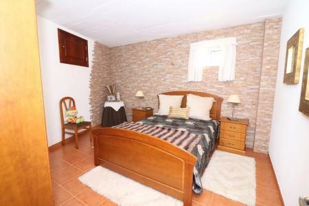 Image 14, 4 Bedroomed Villa : JV10055