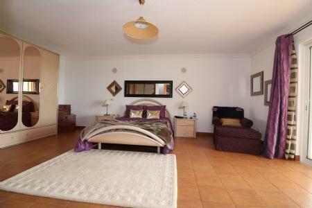 Image 15, 4 Bedroomed Villa : JV10055