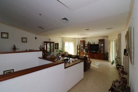 Image 16, 4 Bedroomed Villa : JV10055