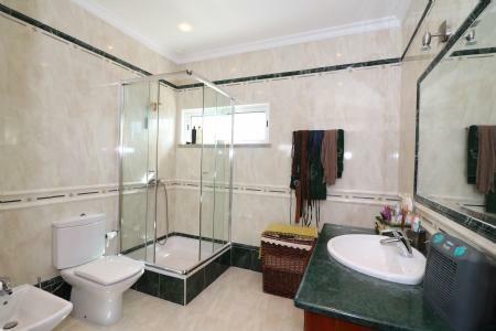Image 19, 4 Bedroomed Villa : JV10055
