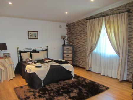 Image 31, 4 Bedroomed Villa : JV10055