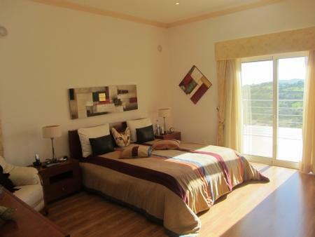 Image 32, 4 Bedroomed Villa : JV10055