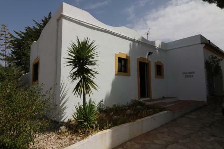Image 2, 5 Bedroomed Villa : JV1739