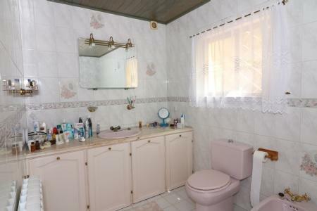 Image 12, 5 Bedroomed Villa : JV1739