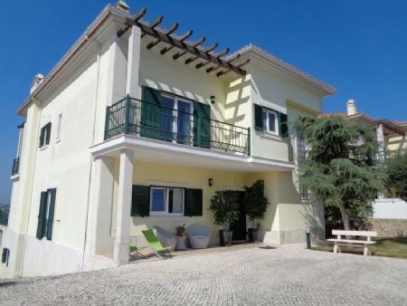 Image 2, 4 Bedroomed Villa : AV1580