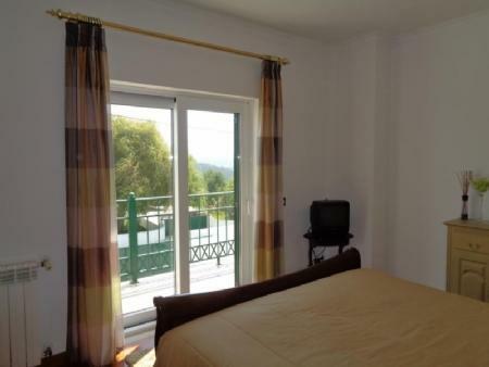 Image 25, 4 Bedroomed Villa : AV1580