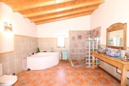 Image 6, 3 Bedroomed House : JV1729