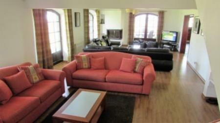Image 7, 4 Bedroomed Villa : AV1179
