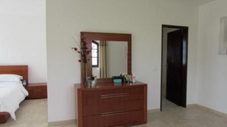 Image 13, 4 Bedroomed Villa : AV1179