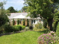 2 bed Semi-Detached Bungalow in LAUREL COTTAGE...
