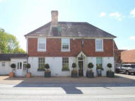 property for sale in THE WHITE HORSE PUBLIC HOUSE, SILVERHILL, HURST GREEN, ETCHINGHAM, EAST SUSSEX