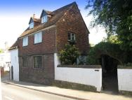6 bed Detached property for sale in Vicarage Hill, Westerham
