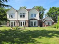 5 bedroom Detached property in Westerham Hill