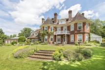 6 bed Detached property in Hosey Hill, Westerham