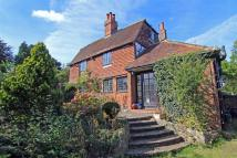 3 bedroom Detached home in Vicarage Hill, Westerham
